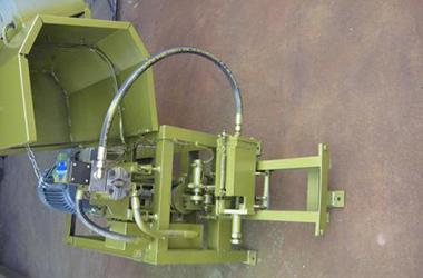 Plastic machinery